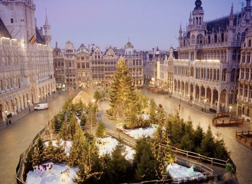 Photo from Condé Nast Traveler. Just look at this Christmasy cuteness